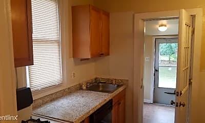 Kitchen, 318 W Buck St, 1