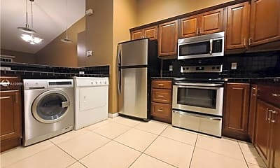 Kitchen, 3906 SW 48th Ave, 0