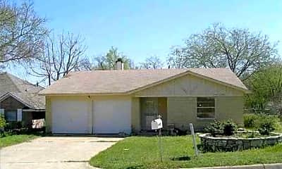 Building, 827 Lakeview Ridge, 0