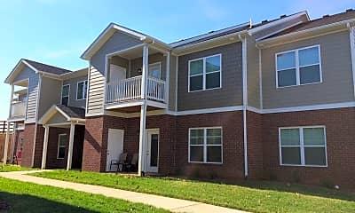 Building, 611 Bowman Ln, 1