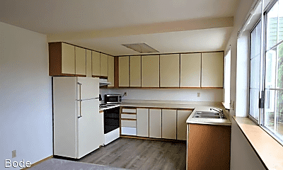 Kitchen, 9226 Fremont Ave N, 1