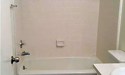 Bathroom, 501 W 14th St, 1