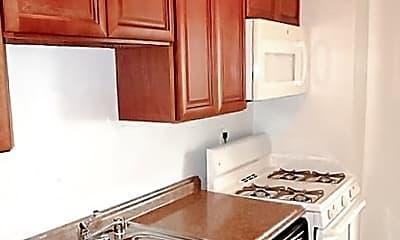 Kitchen, 1210 N Taft St, 2