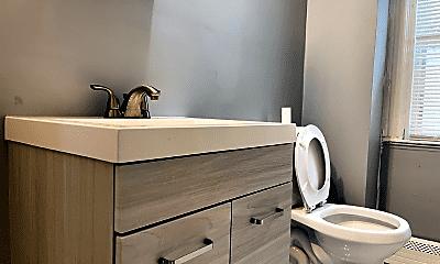 Bathroom, 9 Harvest St, 1