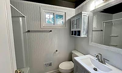 Bathroom, 1450 Troupe St, 2