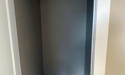 Bathroom, 7334 S Lowe Ave, 2