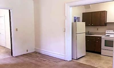 Bathroom, 291 E 16th Ave, 2