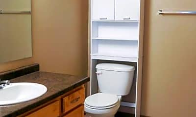 Bathroom, 1710-1740 13th Street SE, 1
