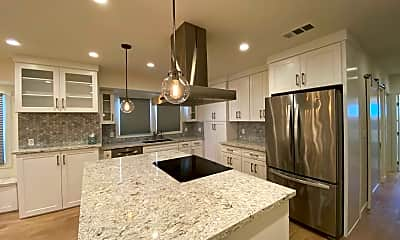 Kitchen, 1548 N Mariposa Ave, 0