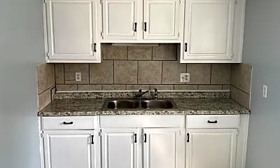 Kitchen, 4037 Springfield Xenia Rd, 1
