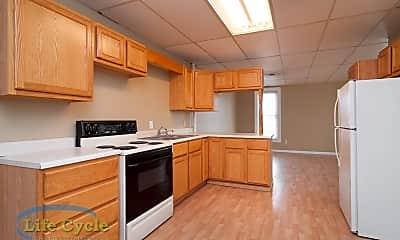 Kitchen, 7 E Muskegon St, 1