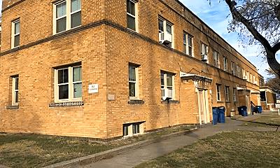 310 E Pine St, 0