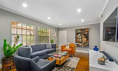 Living Room, 520 Broadway Ave, 1