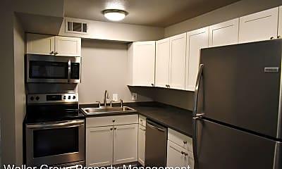 Kitchen, 4817 Reiger Ave, 1