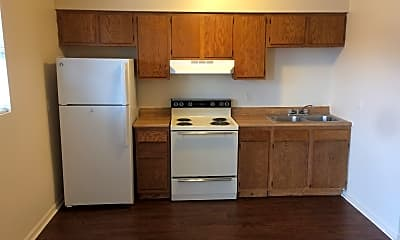 Kitchen, 1516 E Irvine St, 1