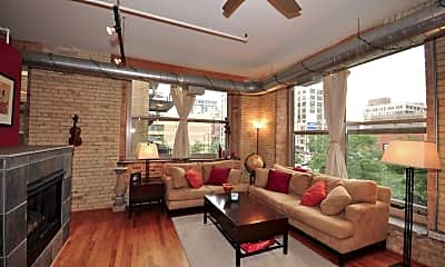 Living Room, 420 S Clinton St 219A, 1