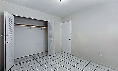 Bedroom, 2809 SW 23rd Terrace 2807, 2