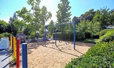 Playground, 3044 Caminito Arenoso, 2