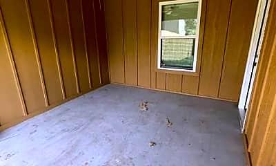Bedroom, 2702 Belknap Ave, 2