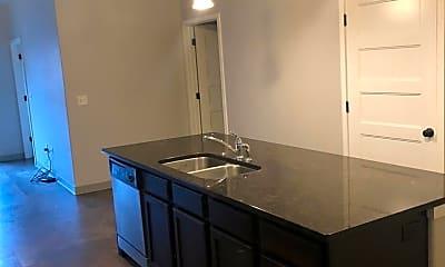 Kitchen, 211 N Linn St, 1