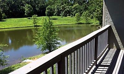 Lake, Pine Meadow Townhomes, 2