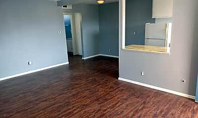 Living Room, 633 E Park Ave, 2