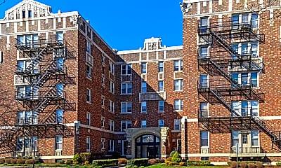 Building, 263 Franklin Avenue, 1
