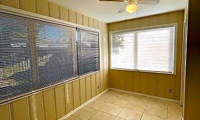 Kitchen, 1520 NE 32nd St, 1