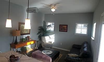 Living Room, 101 Springmeadow Dr, 1