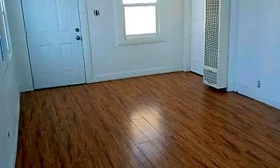 Bedroom, 1655 1/2 W 37th St, 1