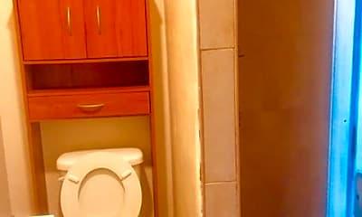 Bathroom, 45 Henry St 1, 2