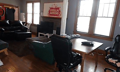 Living Room, 103 E Patterson Ave, 1