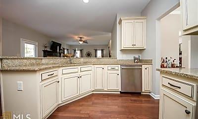 Kitchen, 34 Camden Cir, 1