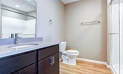 Bathroom, Honey Creek Place, 2