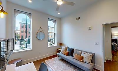 Living Room, 1003 Walnut St, 1