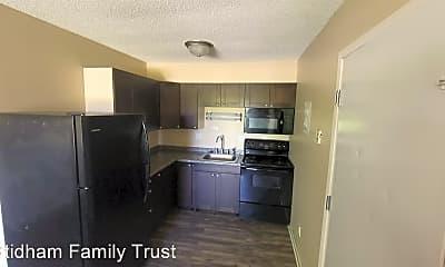 Kitchen, 6920 SW 9th St, 2