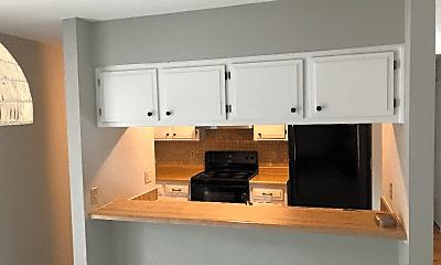 Kitchen, 11458 N Oak Trafficway, 1