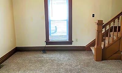 Living Room, 415 S Madison St, 1
