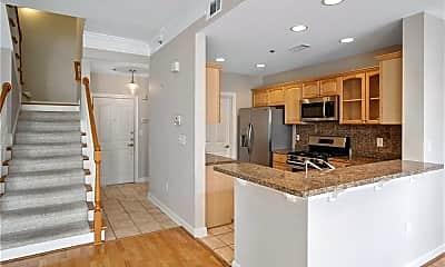 Kitchen, 850 Piedmont Ave NE 3304, 1
