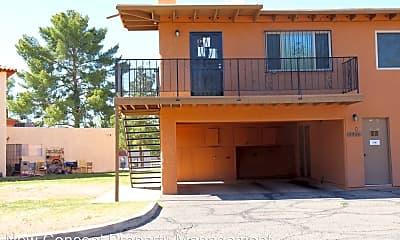 Building, 6726 Calle La Paz, 0