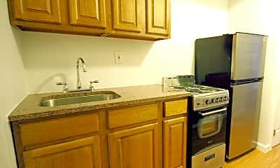 Kitchen, 247 E 52nd St, 1