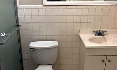 Bathroom, 3011 W 76th St, 2