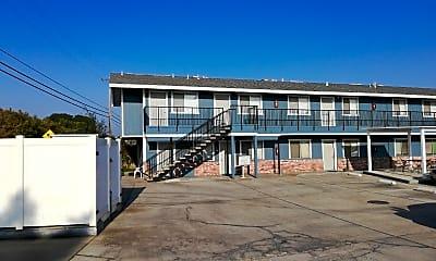Peterson Apartments, 1