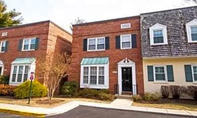 Building, 6747 Kenwood Forest Ln 34, 1