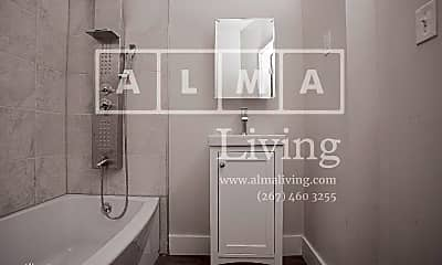 Bathroom, 4465 N Gratz St, 1