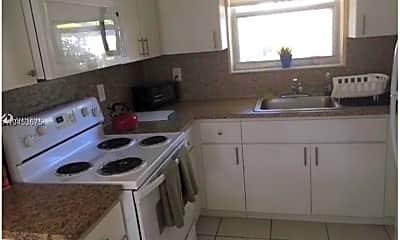 Kitchen, 108 SE 10th Ave REAR, 1