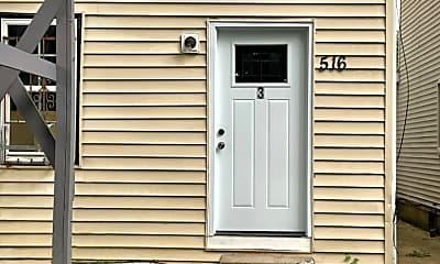 Building, 516 E Ormsby Ave, 1