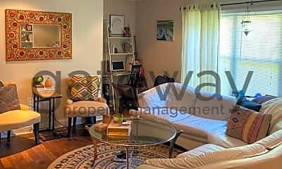 Living Room, 148 Newton St, 1