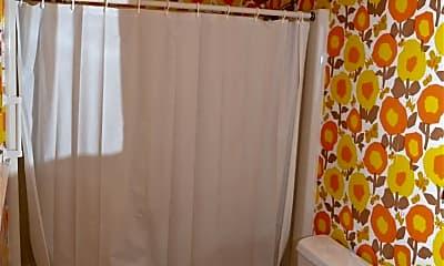 Bathroom, 24 Troon Dr, 2