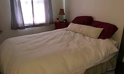 Bedroom, 261 Oakwood Ave, 2